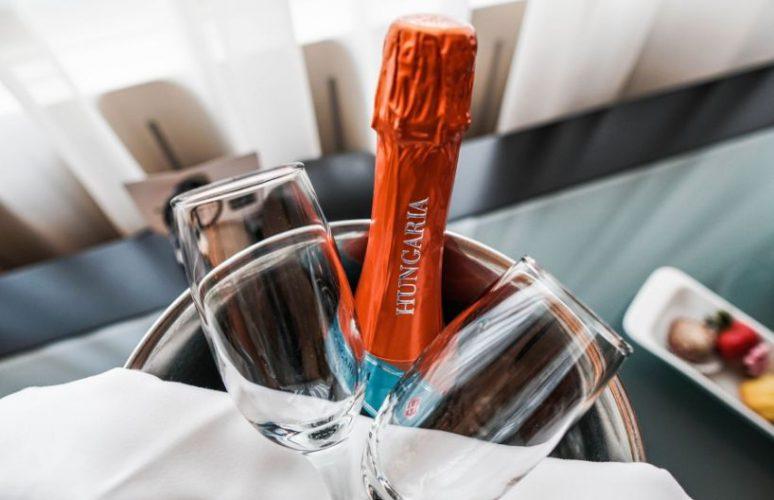 Aquincum-hotel-budapest-champaign2